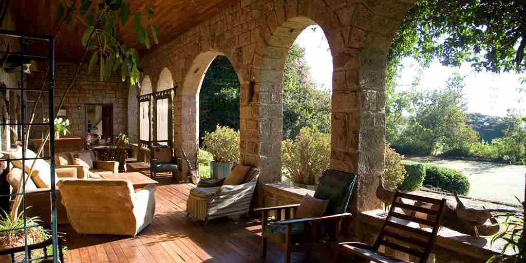 Offbeat Safaris   Deloraine Veranda (1)
