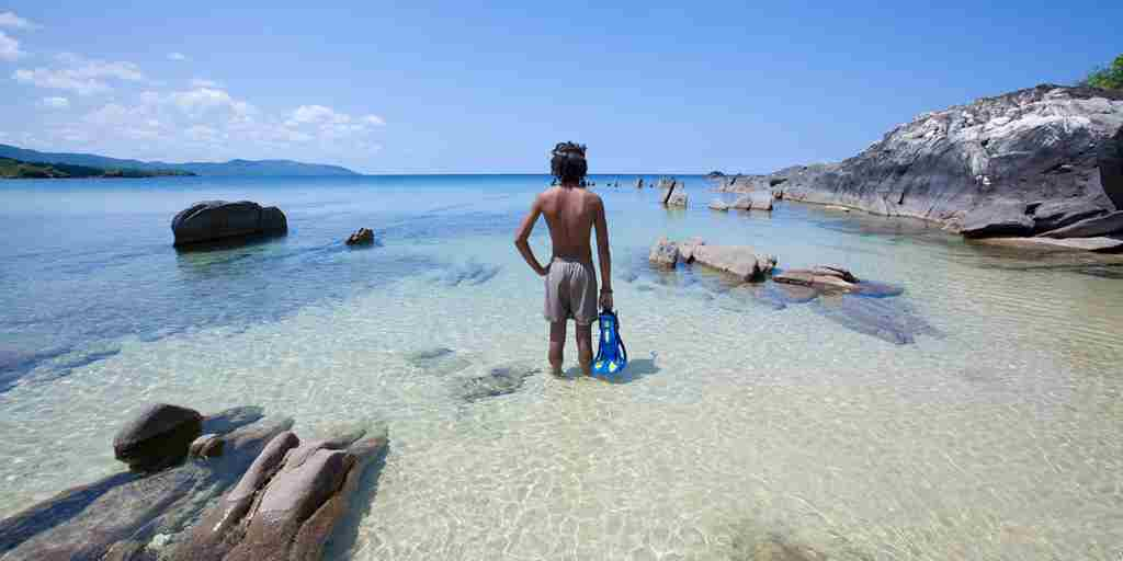 Snorkeling-Lake-Malawi-Beaches.jpg