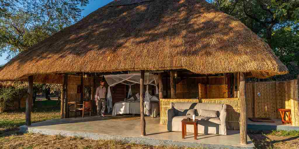 Kakuli-Couples-Suite-Zambia.jpg