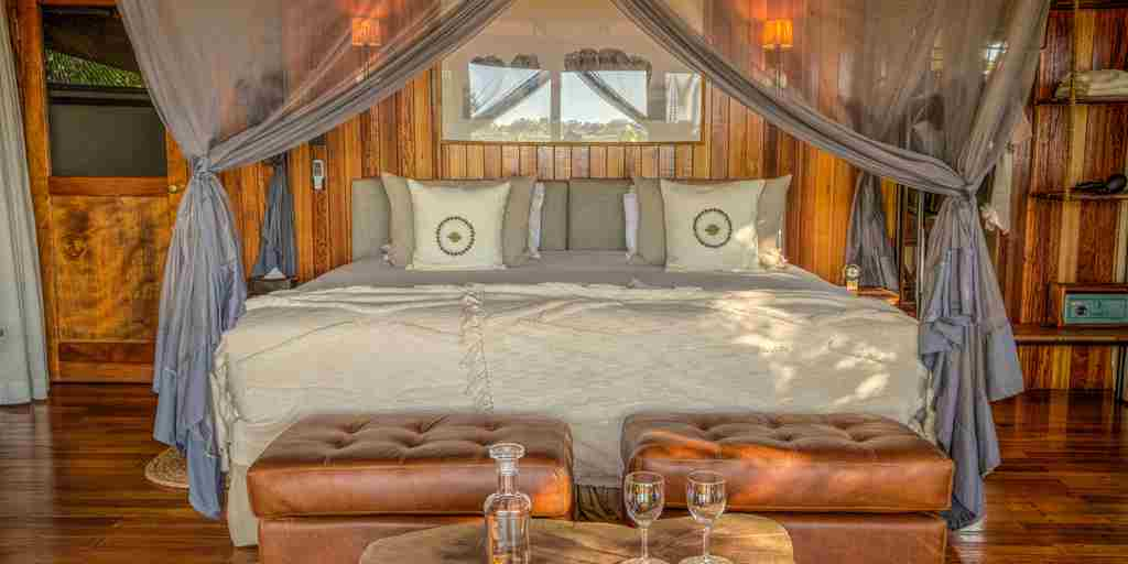 kanana-bedroom-botswana-yellow-zebra-safaris.jpg
