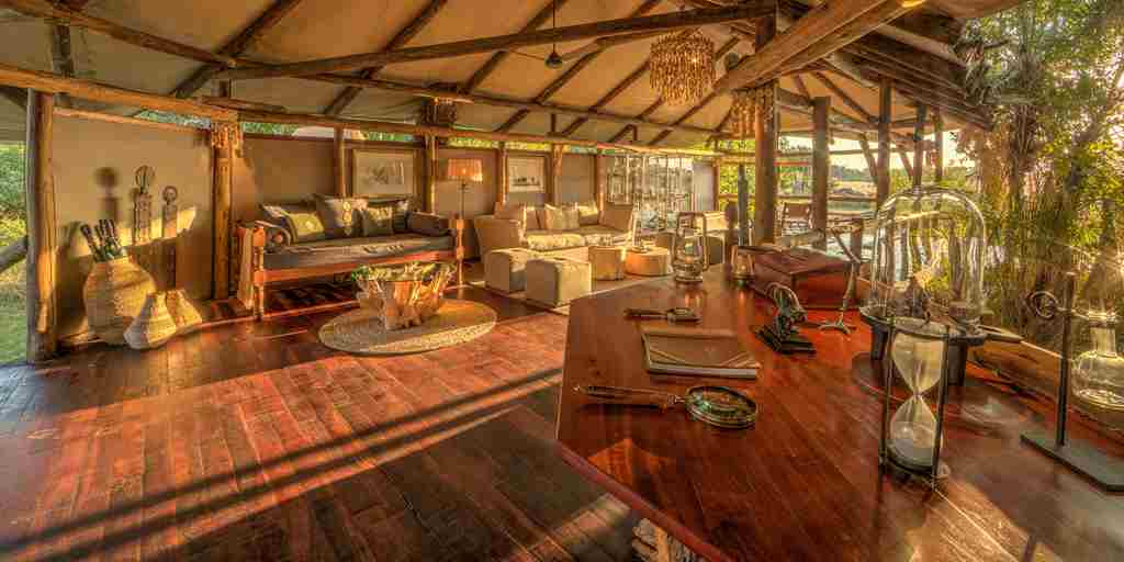kanana-lounge-botswana-yellow-zebra-safaris.jpg