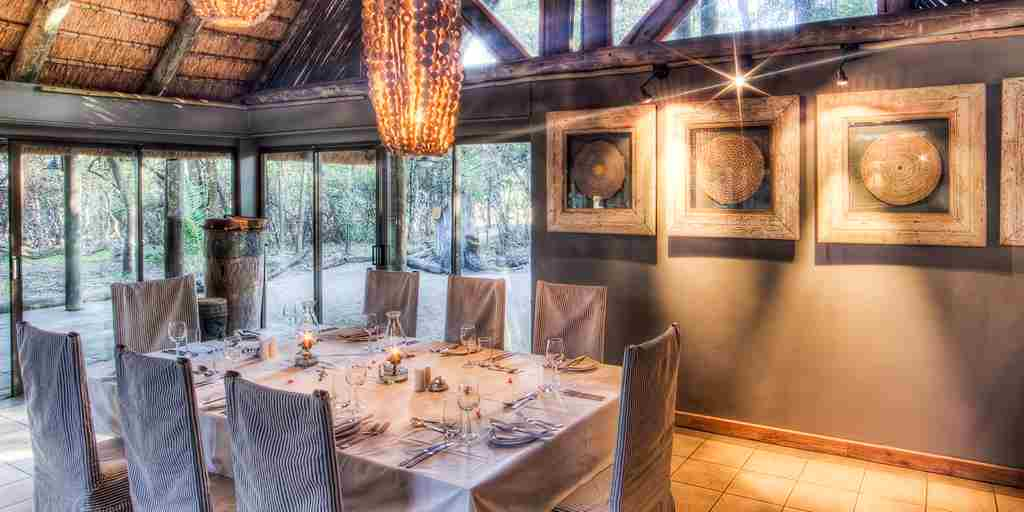 Savute-Safari-Lodge-Interior-Dining.jpg