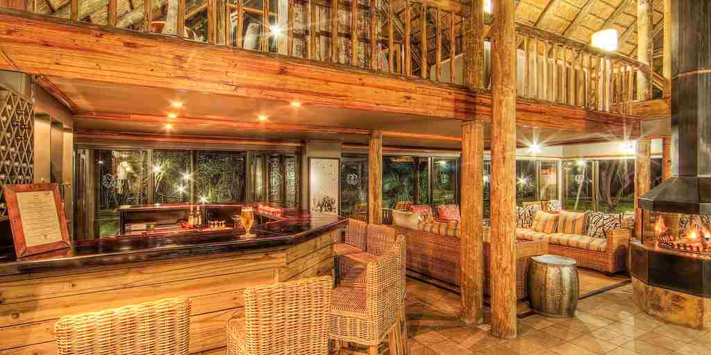 Savute-Safari-Lodge-Main-Lodge-Bar & Lounge.jpg