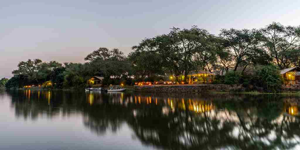 Chongwe-Camp-By-the-River.jpg