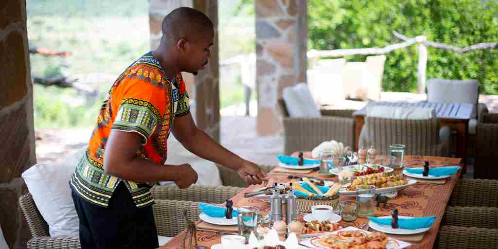 lunch-pool-beho-beho-tanzania-yellow-zebra-safaris.jpg