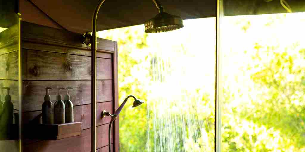 sand-rivers-tanzania-luxury-outdoor-shower.jpg