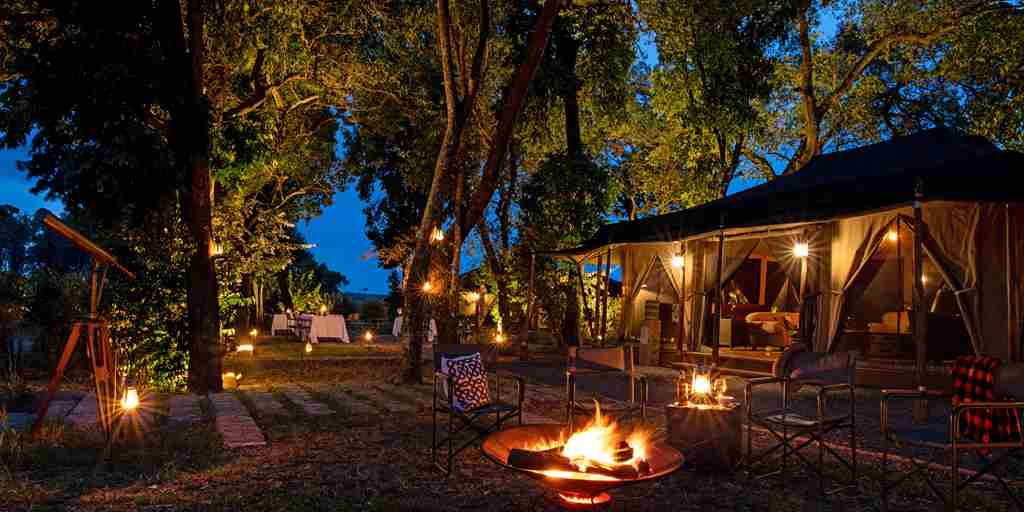 sand-rivers-tanzania-main-camp-fire.jpg