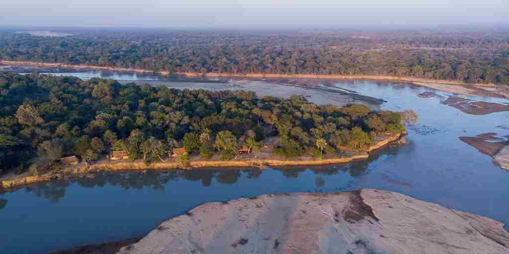 aerial-sunriseivew-north-luangwa-takwela-camp-zambia-yellow-zebra-safaris.jpg