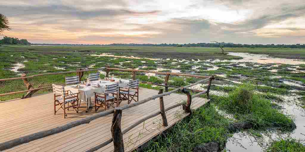 outdoor-dining-view-at-kafunta-river-lodge-zambia-yellow-zebra-safaris.jpg