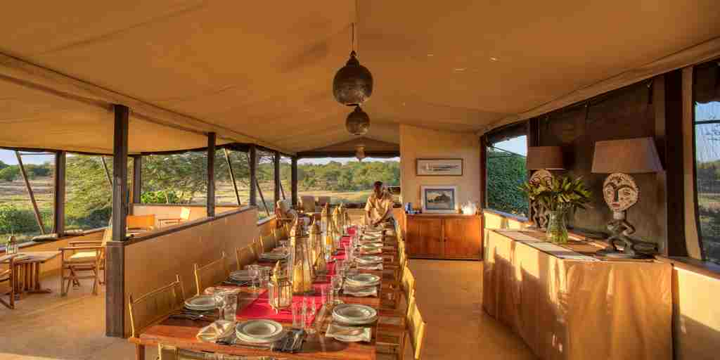 main-dining-table-ol-pejeta-bush-camp-kenya-yellow-zebra-safaris.jpg