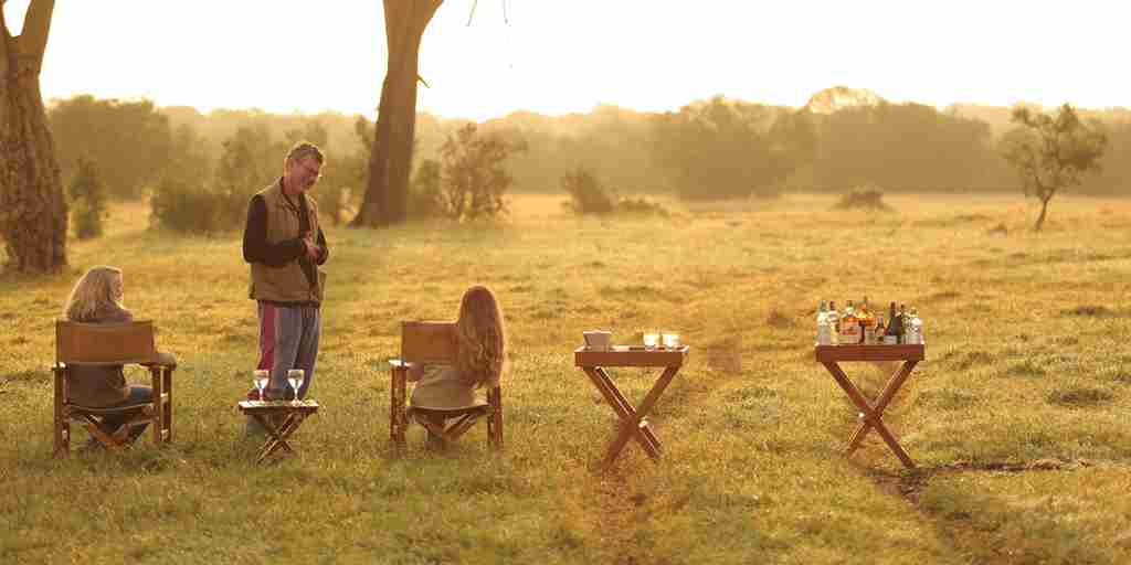 sundowners-ol-pejeta-bush-camp-kenya-yellow-zebra-safaris.jpg