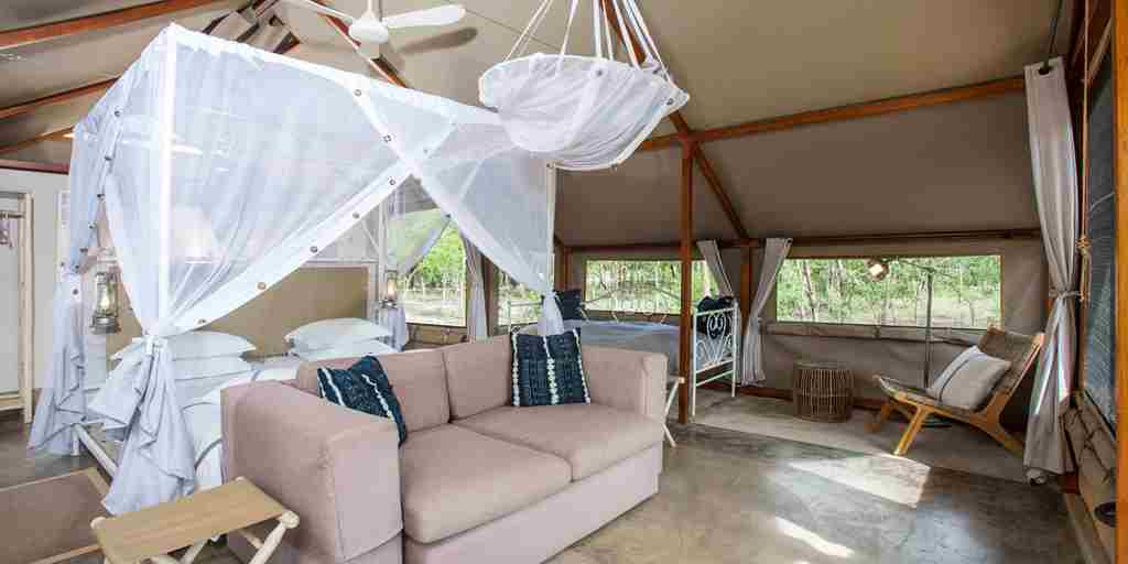 large-tent-mushara-bush-lodge-namibia-yellow-zebra-safaris.jpg