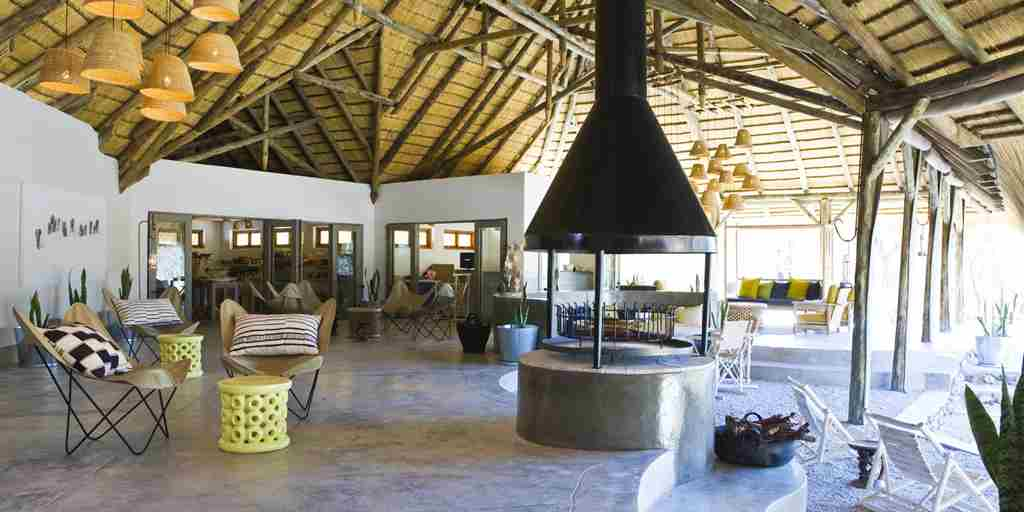 living-area-mushara-bush-lodge-namibia-yellow-zebra-safaris.jpg