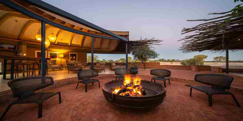 firepit-boma-anderssons-namibia-yellow-zebra-safaris.jpg