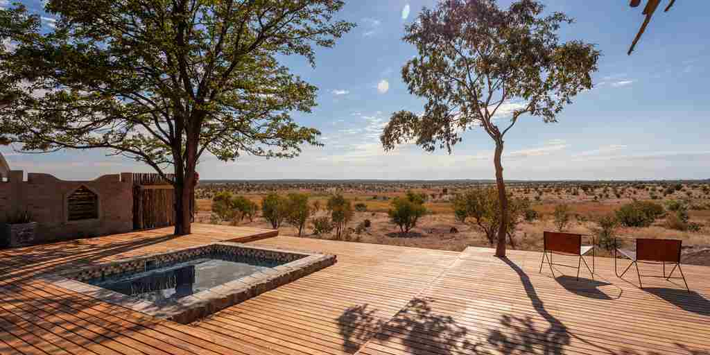 deka-camp-pool-area-zimbabwe-yellow-zebra-safaris.jpg