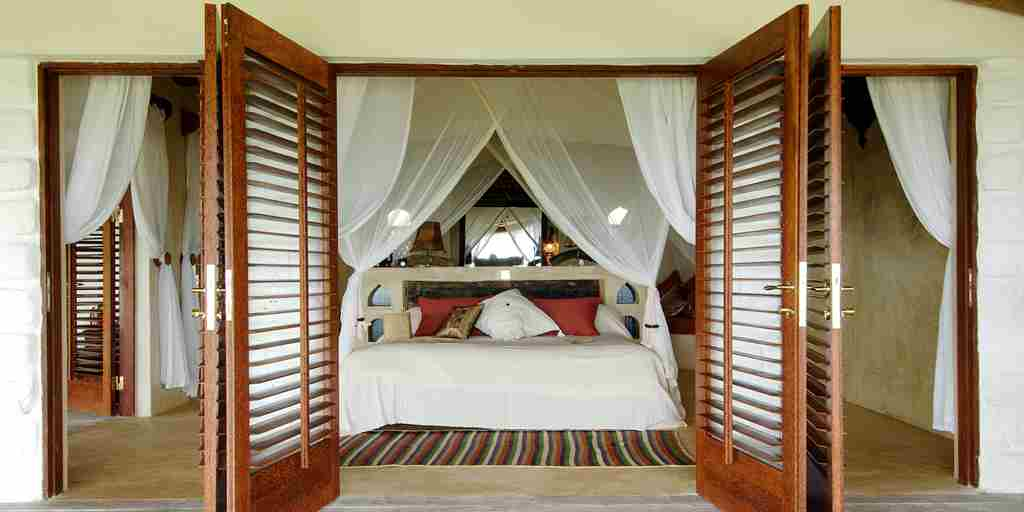 matemwe-retreat-guest-bedroom-terrace-zanzibar-tanzania-yellow-zebra-safaris.jpg