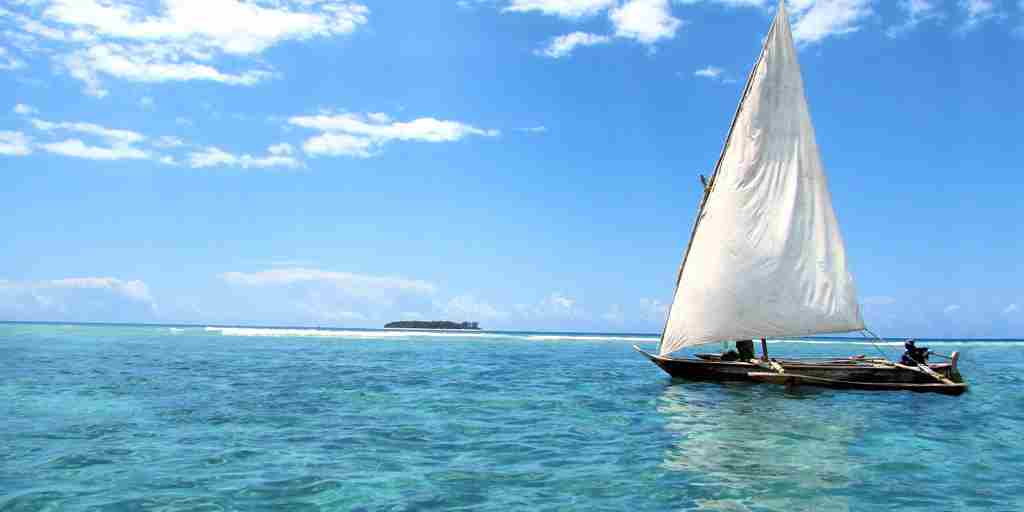 matemwe-retreat-sailing-boat-zanzibar-tanzania-yellow-zebra-safaris.jpg