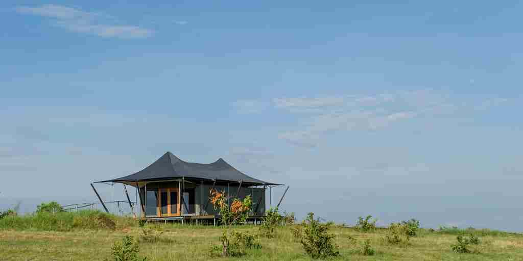 mara-mara-tented-lodge-tanzania-tent-yellow-zebra-safaris.jpg