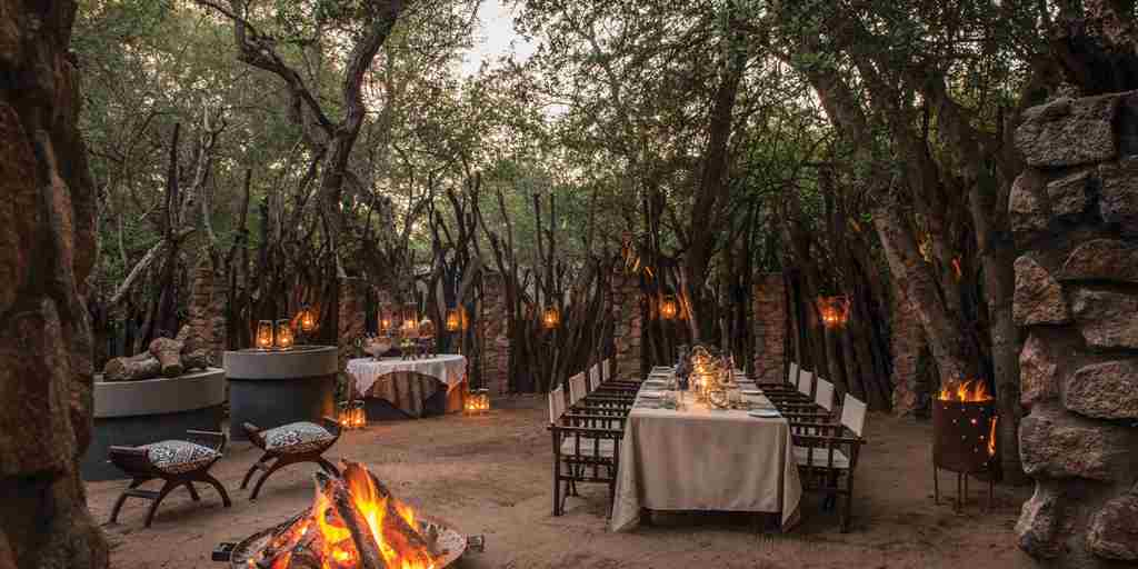 dulini-lodge-bush-dinner-south-africa-yellow-zebra-safaris.jpg