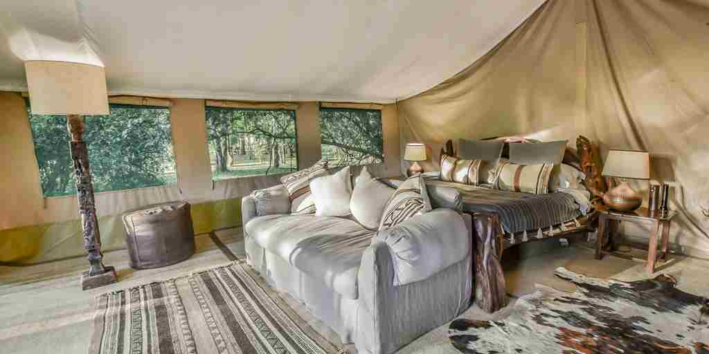governors moron camp kenya bedroom yellow zebra safaris