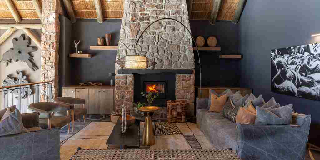 shamwari bayethe lodge south africa lounge yellow zebra safaris