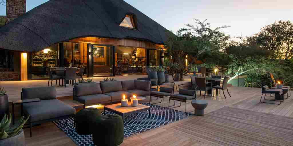 shamwari bayethe lodge south africa main lodge yellow zebra safaris