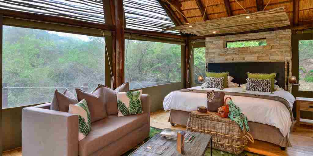 shamwari bayethe lodge south africa double bedroom yellow zebra safaris