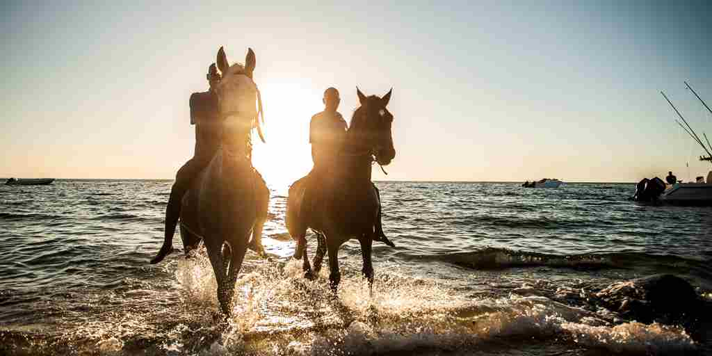 antantara-bazaruto-island-resort-spa-horse-riding-mozambique-yellow-zebra-safaris.jpg