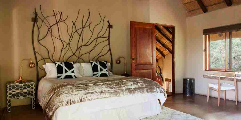 molori safari lodge double bedroom zambia yellow zebra safaris