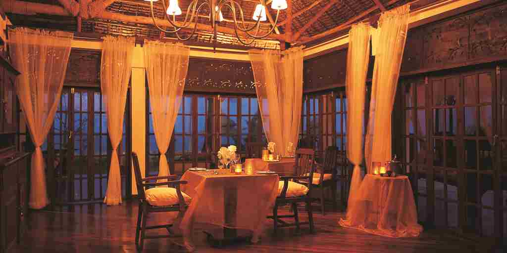the-palms-zanzibar-dining-tanzania-yellow-zebra-safaris.jpg