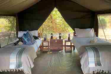deb-tittle-bedroom-mapazi-camp-south-luangwa-zambia-yellow-zebra-safaris.JPG
