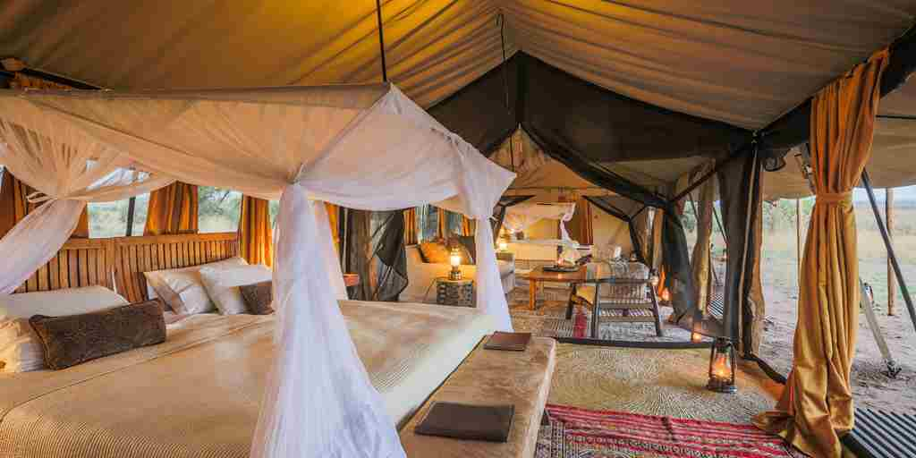 legendary-serengeti-camp-double-bedroom-tanzania-yellow-zebra-safaris.jpg