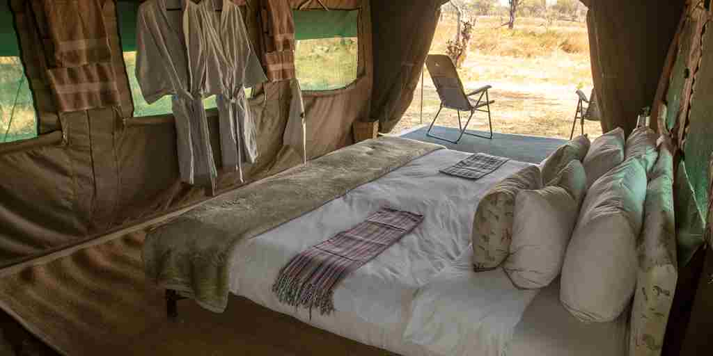 golden-africa-safaris-double-bedroom-tent-botswana-yellow-zebra-safaris.jpg