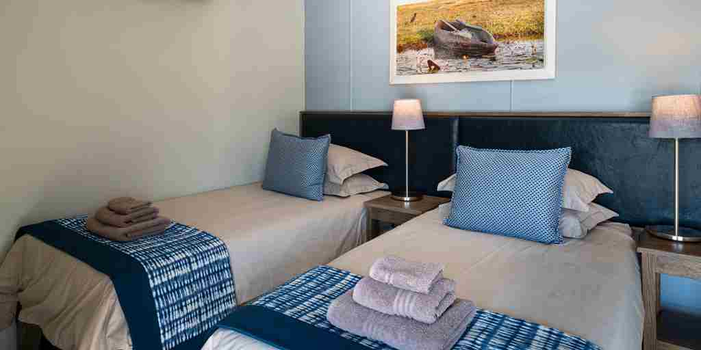 Chobe-princess-botswana-twin-room-yellow-zebra-safaris.jpg