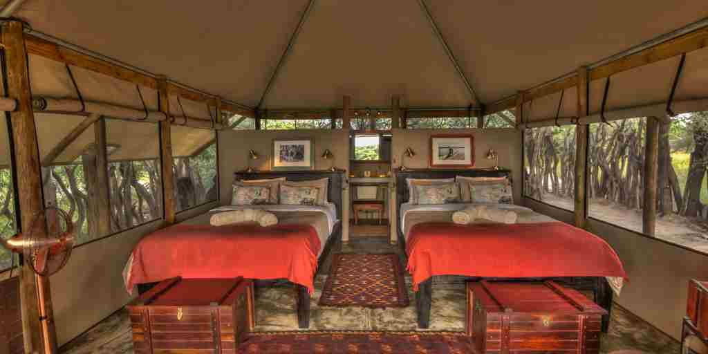 meno a kwena twin room botswana yellow zebra safaris