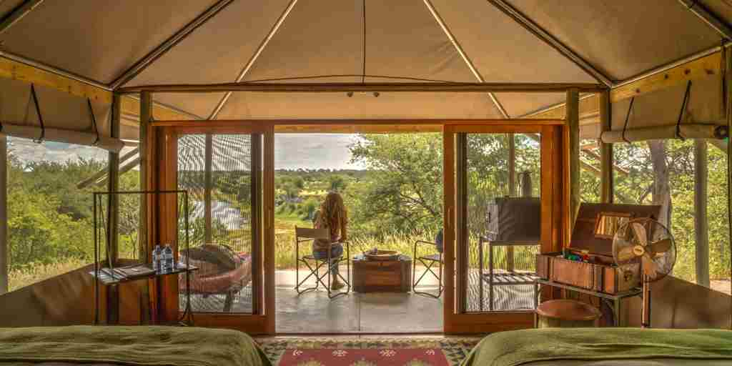meno a kwena twin room view botswana yellow zebra safaris