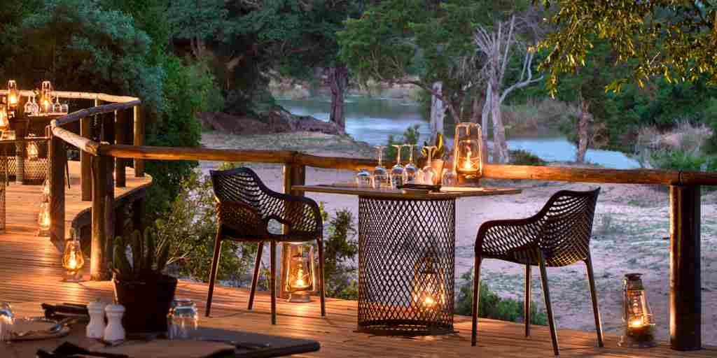 lion-sands-ivory-lodge-balcony-dining-south-africa-yellow-zebra-safaris.jpg