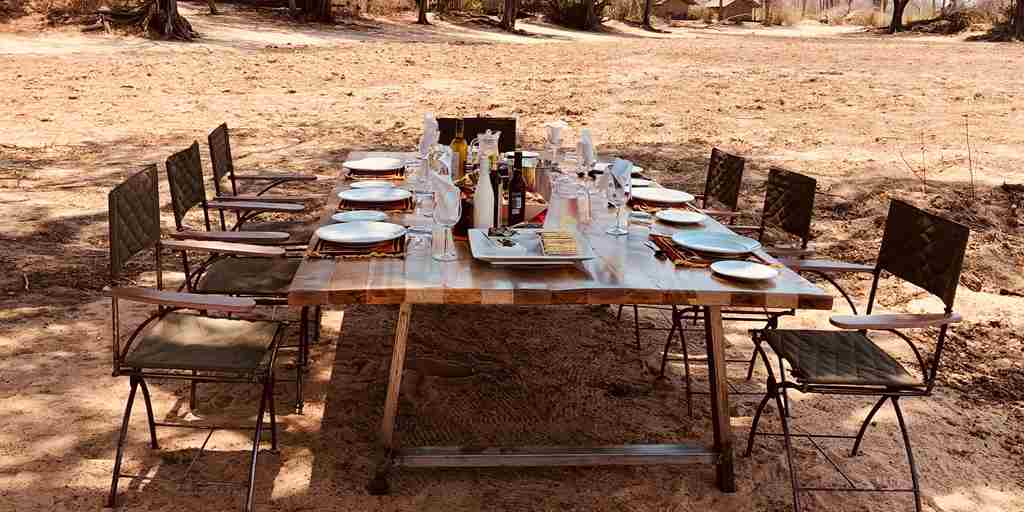 ingwe-pan-camp-dining-yellow-zebra-safaris.jpg