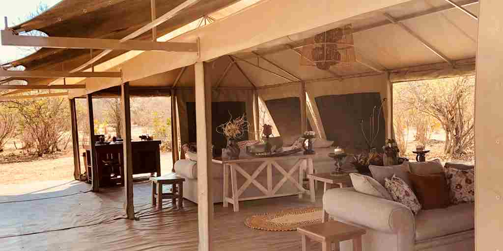 ingwe-pan-camp-lounge-yellow-zebra-safaris.jpg