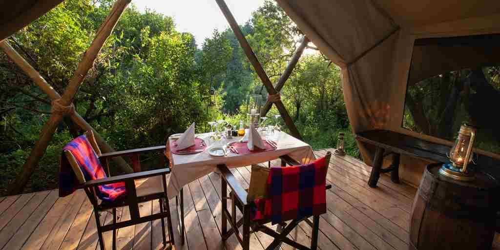 mara-expeditions-dining-kenya-yellow-zebra-safaris.jpg