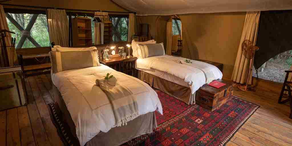 mara-expeditions-twin-room-kenya-yellow-zebra-safaris.jpg