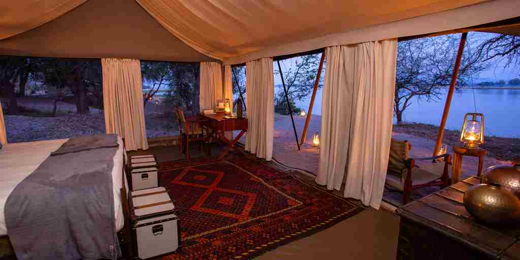 sapi-explorers-camp-bedroom-view-zimbabwe-yellow-zebra-safaris.jpg