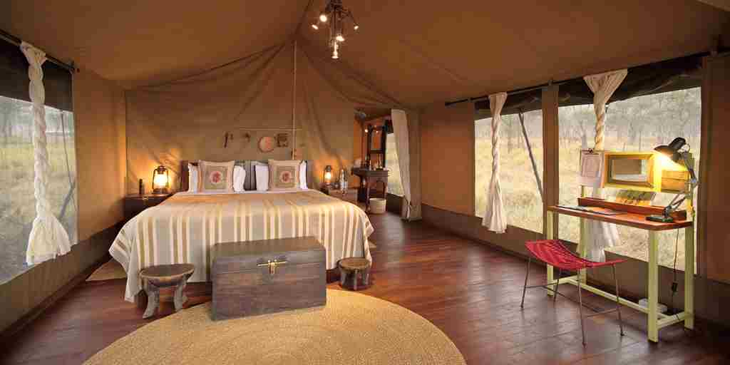 dunia-camp-double-bedroom-tanzania-yellow-zebra-safaris.jpg
