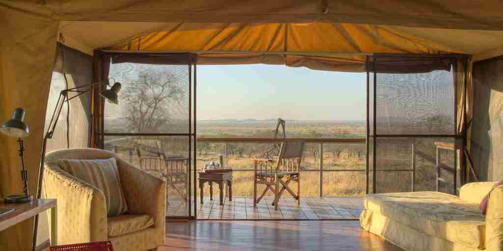 dunia-camp-lounge-tanzania-yellow-zebra-safaris.jpg