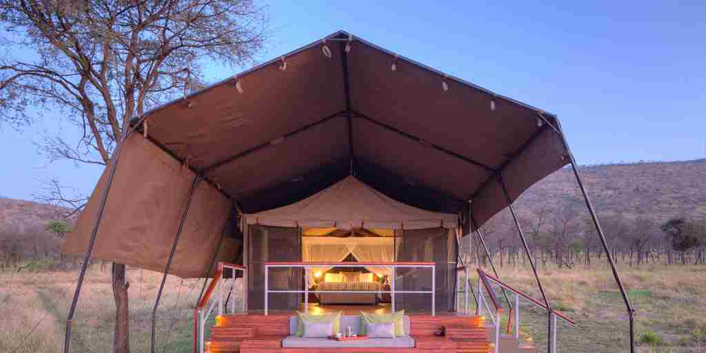 dunia-camp-tent-tanzania-yellow-zebra-safaris.jpg