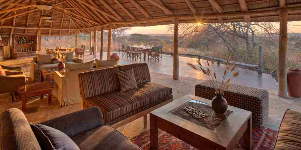 little-olivers-lounge-tanzania-yellow-zebra-safaris.jpg