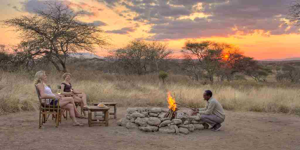 little-olivers-sundowners-tanzania-yellow-zebra-safaris.jpg