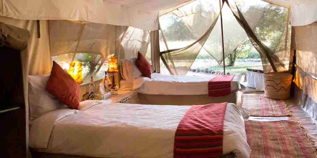 spekes-camp-twin-room-kenya-yellow-zebra-safaris.JPG