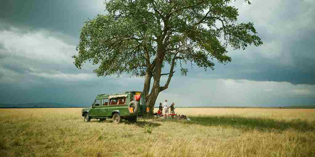 spekes-camp-mara-kenya-yellow-zebra-safaris.jpg