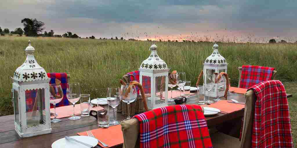 spekes-camp-main-mess-kenya-yellow-zebra-safaris.JPG